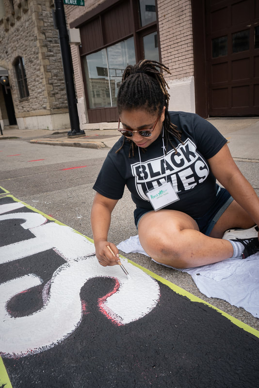 photographs of the Black Lives Matter Mural in Cincinnati, Ohio. Social justice art, Protest photography in Cincinnati Copyright Tina Gutierrez arts photograhpy